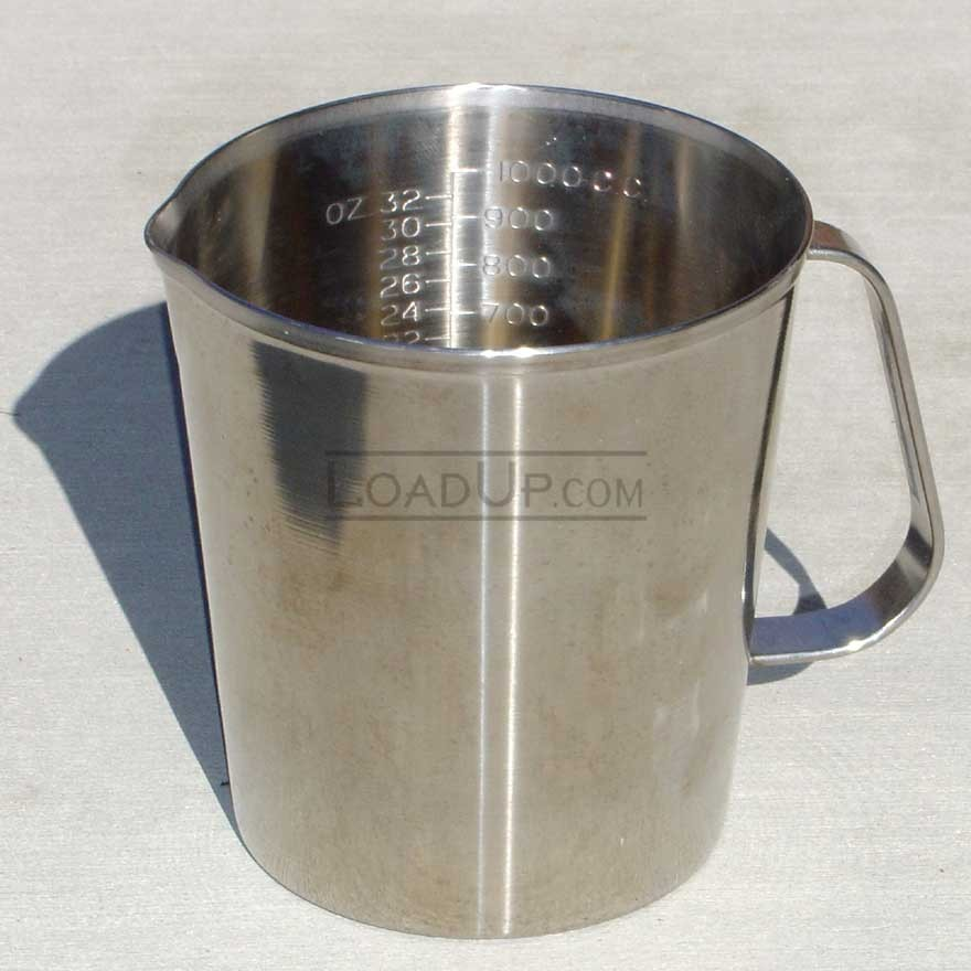 Vollrath Stainless Steel Graduated Measure Cup with Handle 32 oz/1 qt