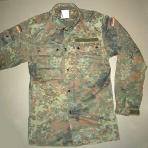 German Flectarn BDU Jacket w/velcro and zipper